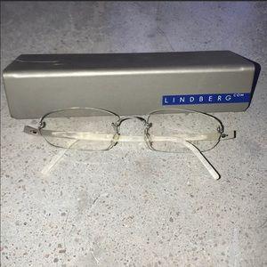 Lindberg glass frames. Selling off samples